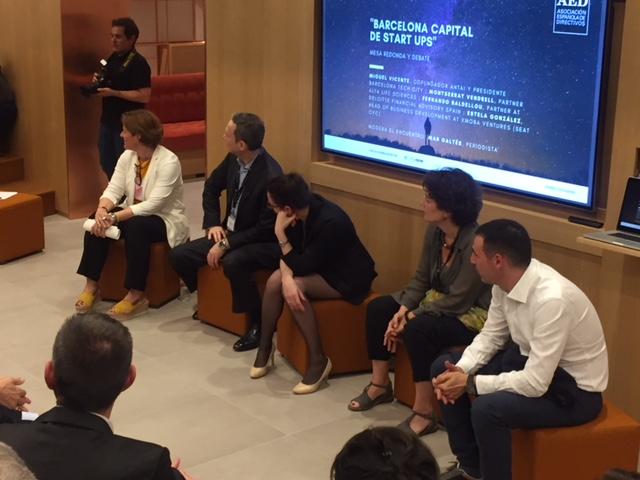 """DayOne Barcelona acoge la mesa redonda """"Barcelona, capital de startups"""" organizada por la AED"""